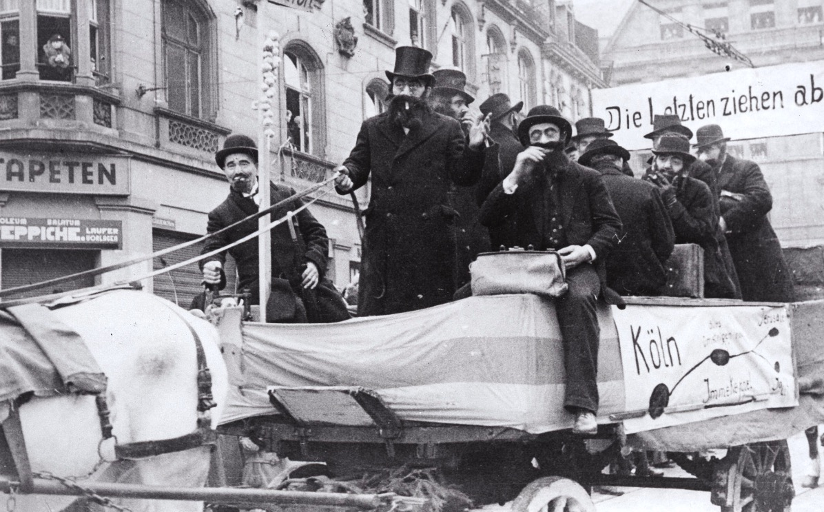 Chars de carnaval époque nazie